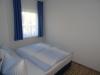 Schlafzimmer-Fewo-01-andere-Ansicht